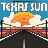 KHRUANGBIN-&-LEON-BRIDGES-front-cover-Texas-Sun -01